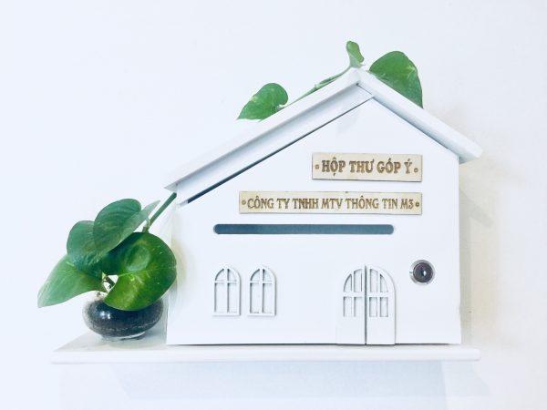 hộp thư góp ý ngôi nhà