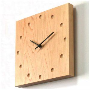 đồng hồ gỗ treo tường giá rẻ