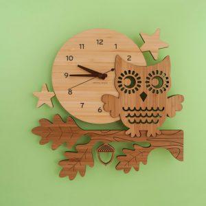 đồng hồ gỗ treo tường tphcm